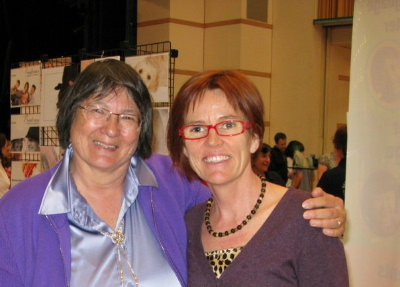 Alice Funk and Jena Griffiths at the Expat expo in Zug