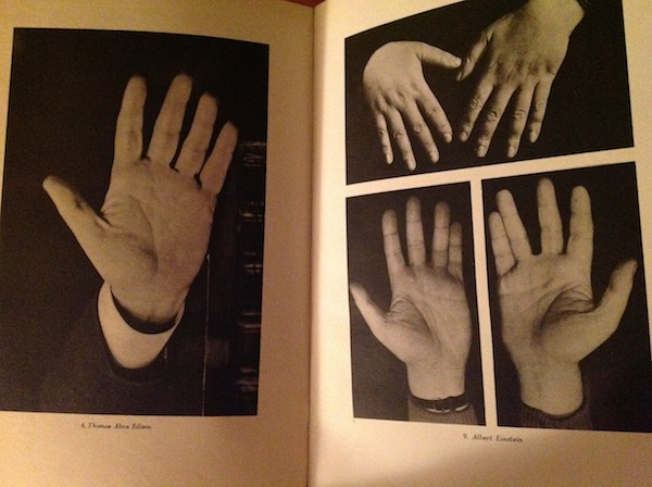 The final word on handshapes? - Page 2 Edison-Einstein-600